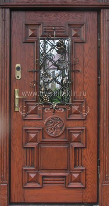 входные двери парадный вход